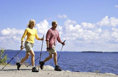 Скандинавская ходьба или ходьба со специальными палками